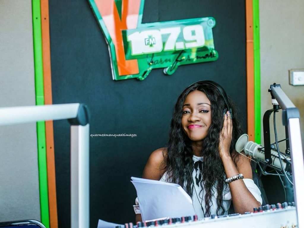"""I regret voting for the NPP government, I rate them 2 out of 100""- Caroline Sampson reveals"