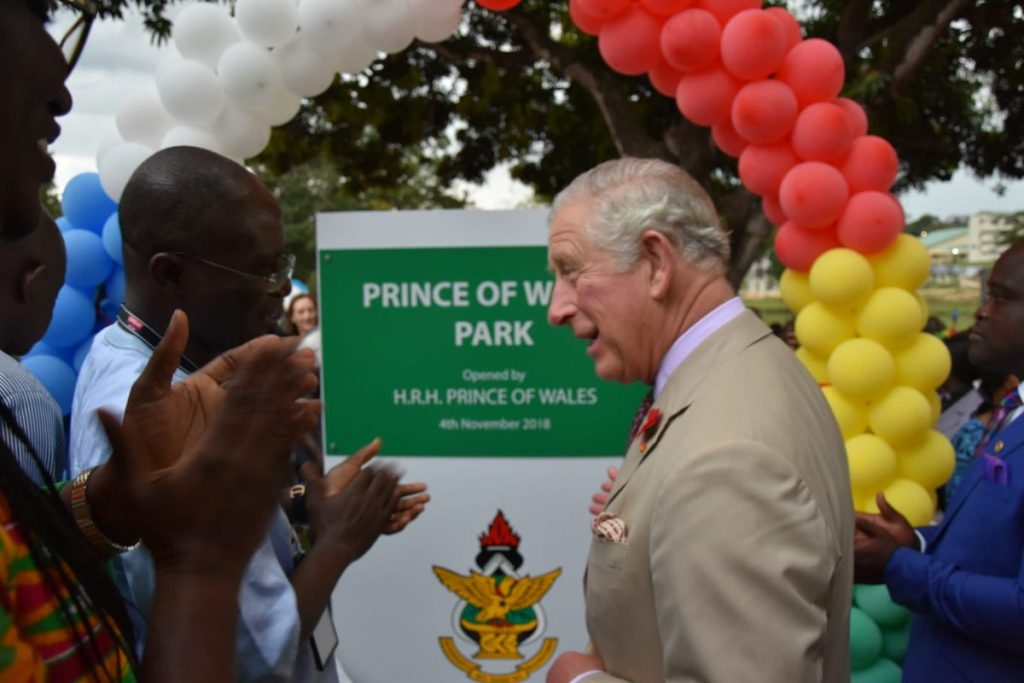 The Prince also went to the university to plant a tree and inaugurate 'The Prince of Wales Park'.