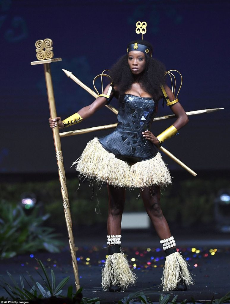 Ghana's Diata Hoggar turns head with national costume at Miss Universe 2018