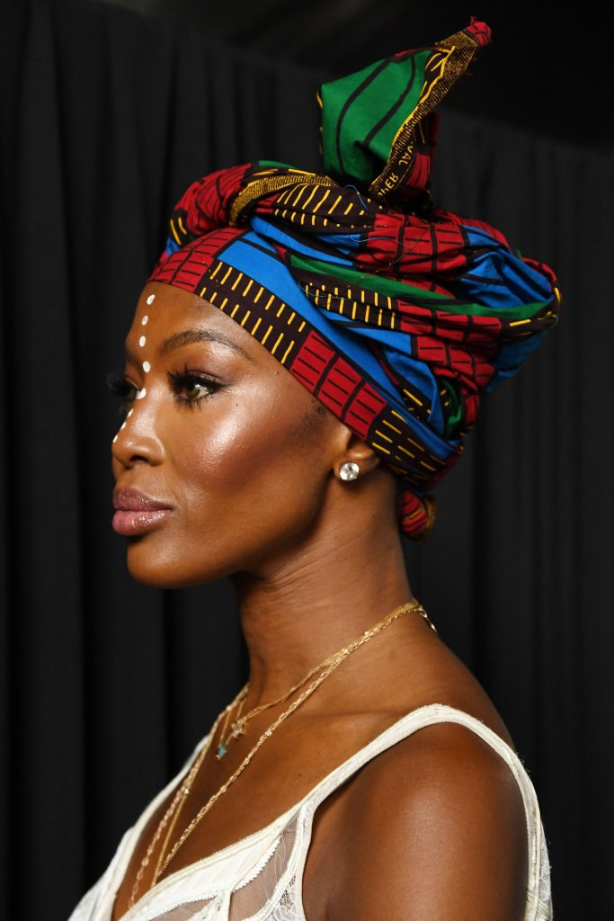 Noami Campbell gets stylish in African headgear